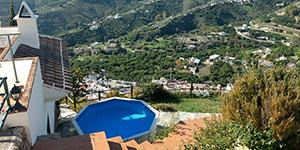 Huis met flexibel zwembad